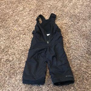 Black snow pants
